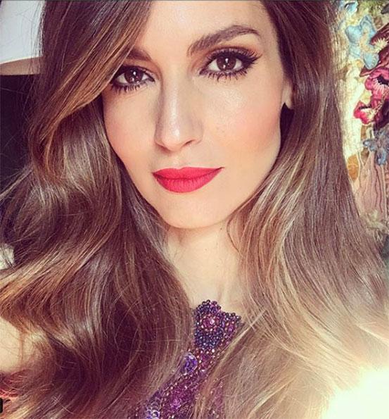 Ariadne Artiles Lips red